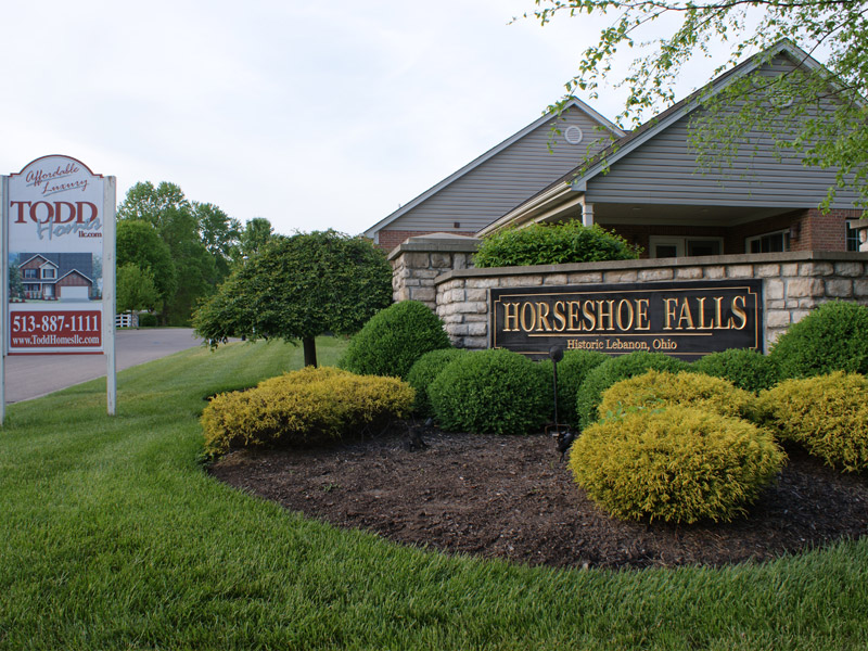 Horseshoe Falls Community