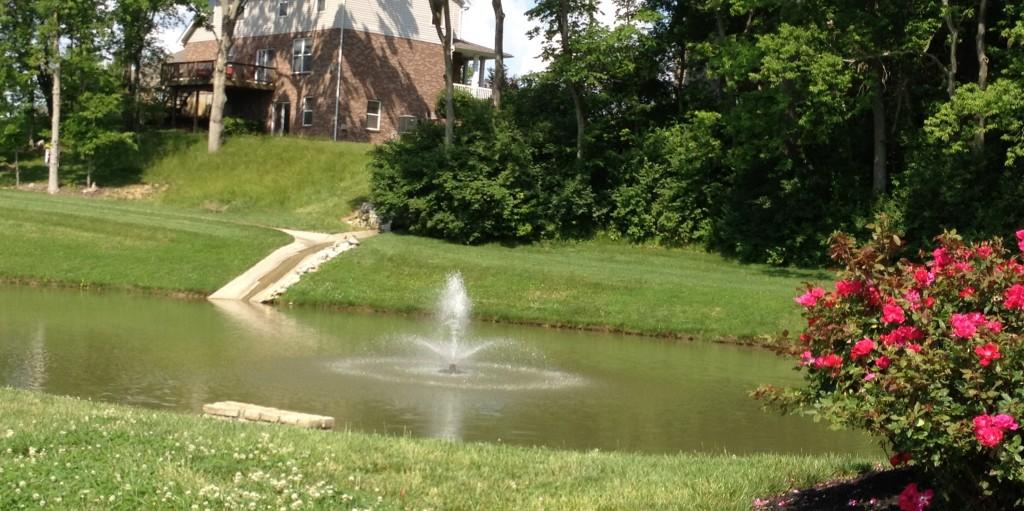 Monroe Crossings Pond